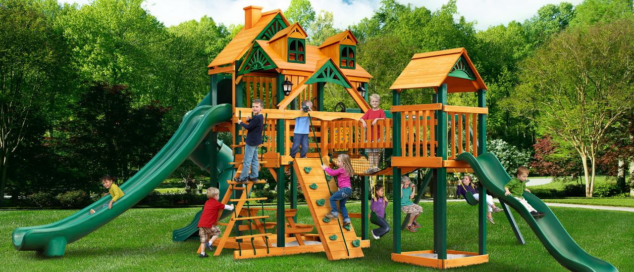 искусственный газон на детской площадке